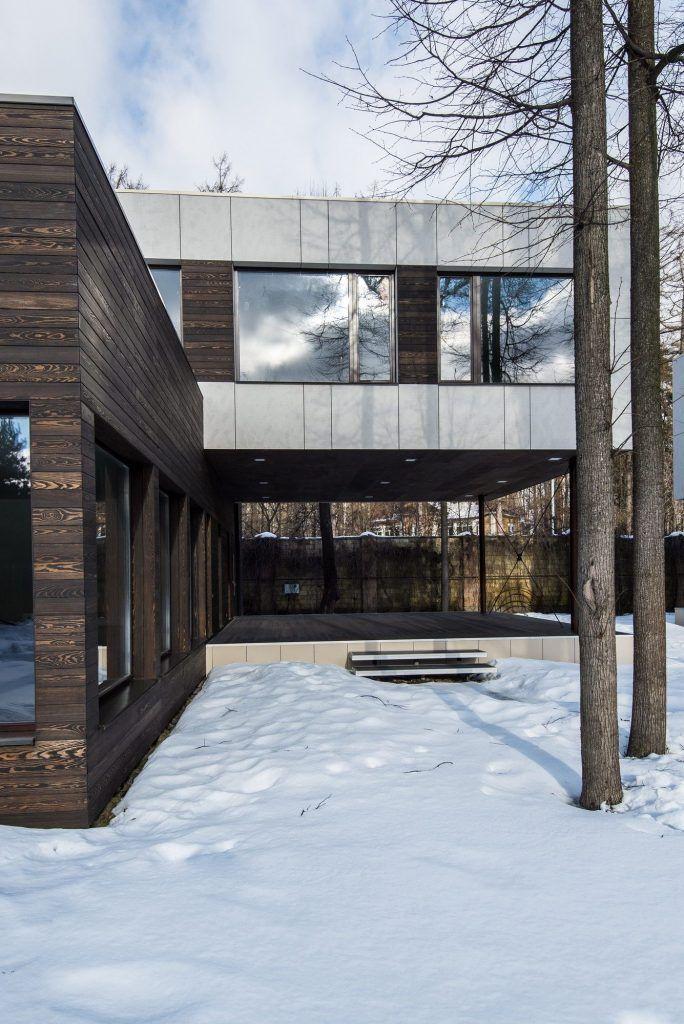 Проект деревянного дома за городом